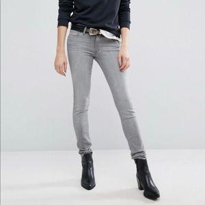 Levi's 711 grey Skinny jeans • size 31